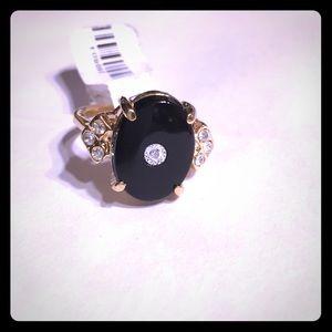 NWT LF ring